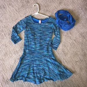 Knit dress with removable scarf